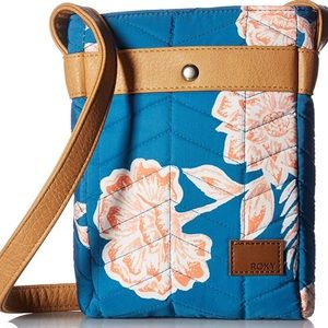 Roxy into the forest crossbody purse quilted blue
